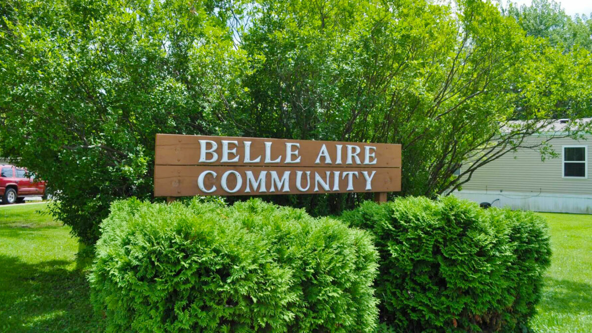 Belle Aire Sign 2