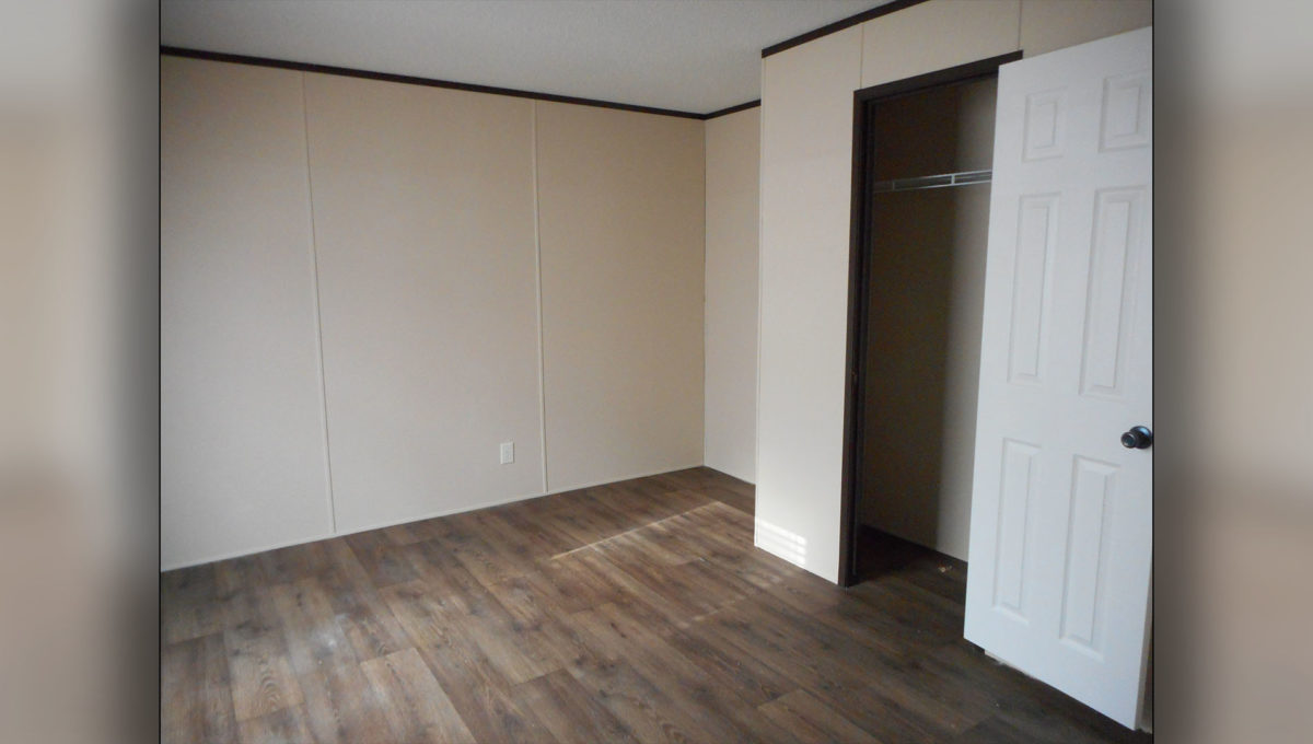 Large Bedroom With Closet